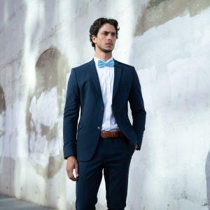 חליפה כחולה
